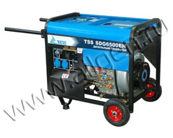 Портативный генератор ТСС SDG 6500 EH мощностью 5.5 кВт)