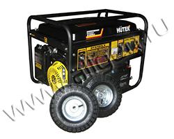 Портативный генератор Huter DY6500LX мощностью 5.5 кВт)